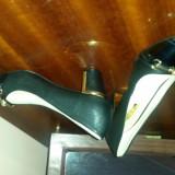 Pantofi marimea 35, pret mic - Pantof dama, Culoare: Negru