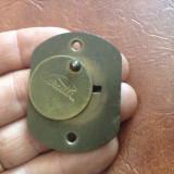 Ornament / Masca Cerutti pentru Cheie - usa / mobila sau alte lucruri ! - Metal/Fonta