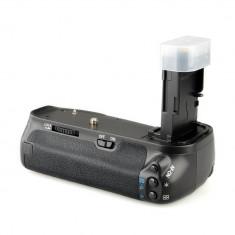 Grip Meike pt. Canon 6D inlocuitor al modelului BG-E13 BGE13 Canon EOS 6D
