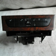 Comutator pack sertar hayon Mercedes CLS An 2004-2010 cod A2196800552