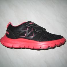 Pantofi sport fetite WINK;cod FC7061-1;marime:30-35 - Adidasi copii Wink, Marime: 31, 32, 33, 34, Culoare: Negru, Fete, Piele sintetica