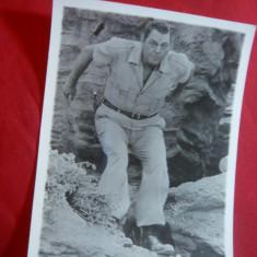 Fotografie a actorului de orig. romana Jonny Weiss-Muller - Tarzan, dim.=9x12 cm - Autograf
