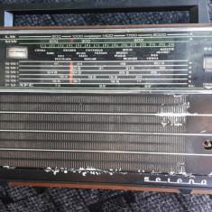 RADIO SELENA B-211  , NU FUNCTIONEAZA .