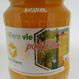 Apicultor din Iasi vand en-gros miere de albine naturala
