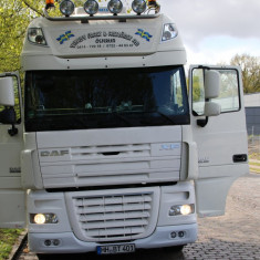 DAF XF 105.460 Super Space Cab - Camion