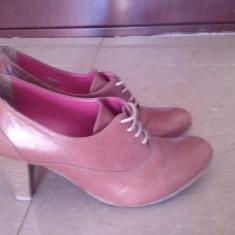 Pantofi cu toc din piele BBUP - Pantof dama, Culoare: Maro, Marime: 36
