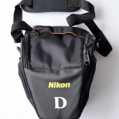 Geanta Foto pt. Nikon DSLR universala poate sustine un DSLR cu un obiectiv mediu - Geanta Aparat Foto