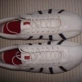 Pantofi sport (adidasi),piele,originali LEVI'S,mar.44 (28cm)
