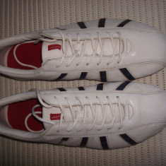 Pantofi sport (adidasi), piele, originali LEVI'S, mar.44 (28cm) - Adidasi barbati Levi S, Culoare: Alb, Piele naturala