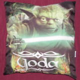 Perna originala Star Wars - Yoda si lenjerie/husa de patura
