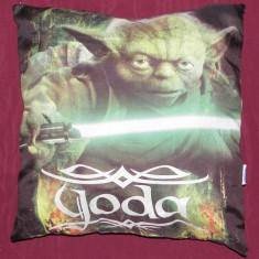 Perna originala Star Wars - Yoda si lenjerie/husa de patura - Lenjerie pat copii, Alte dimensiuni