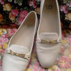 Pantofi/balerini albi mas.38 - pentru persoane cu talpa mai lata - Balerini dama