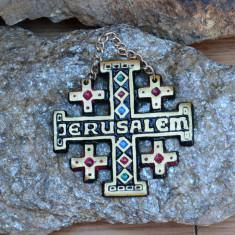 CRUCE / CRUCIFIX - IERUSALIM, ISRAEL DIN ALAMA SI METAL CU AGATATOARE