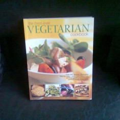THE BEST EVER VEGETARIAN COOKBOOK - LINDA FRASER - Carte Retete de post