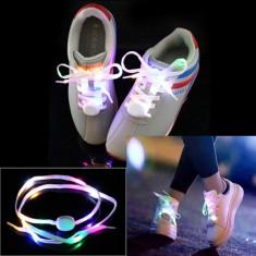 Sireturi luminescente multicolore LED