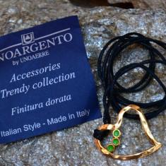PANDANTIV DIN METAL SUFLAT CU AUR PE ATA CERATA, ITALIA DE LA UNOAERRE - Pandantiv placate cu aur