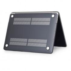 Husa Macbook 15.4 pro neagra noua materia plastic fin