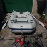 Barca americana Quicksilver - 5 persoane