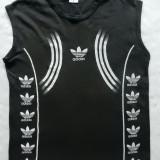 Tricou Adidas. Marime L: 56 cm bust, 68 cm lungime, 48.5 cm umeri