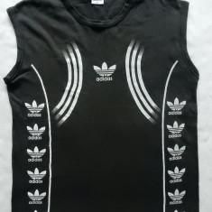 Tricou Adidas. Marime L: 56 cm bust, 68 cm lungime, 48.5 cm umeri - Tricou barbati, Marime: L, Culoare: Din imagine