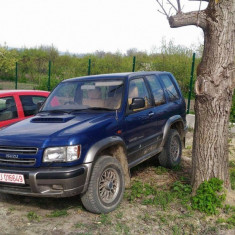 Isuzu Trooper 2003, Motorina/Diesel, 175000 km, 3000 cmc