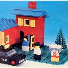 LEGO 368 Taxi Garage