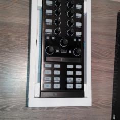 Traktor Kontrol x1 mk2 - Console DJ native instruments