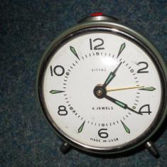 CEAS MECANIC DE MASA VITYAZ RUSESC ( URSS ), CADRAN FOSFORECENT, IMPECABIL - Ceas de masa