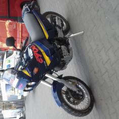 Cagiva elefant 900cc-enduro - Motocicleta Cagiva