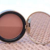 Pudra bronzanta in 2 nuante Too Faced Sun Bunny Bronzer