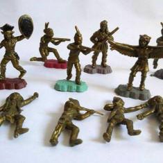 Lot 10 figurine indieni, 6-7 cm, diorama, decor, colectie, marcati Texas, Italy