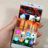 Elephone S3 edge cu ecran spart