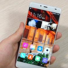 Elephone S3 edge cu ecran spart, Auriu, 16GB, Neblocat, Octa core, 3 GB
