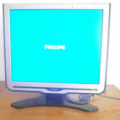 Monitor Philips LCD 170C8 17 inchi (cabluri incluse) - Monitor LCD Philips, 1280 x 1024, VGA (D-SUB)