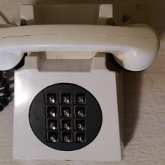 Telefoane fixe - Telefon fix