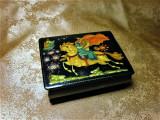 Cumpara ieftin Cutiuta caseta bijuterii Fedoskino, pictata manual, colectie, vintage