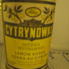 Lichior 18 - cytryno wka lemon vodka, poland, Cc. 750 gr. 40 ani 60