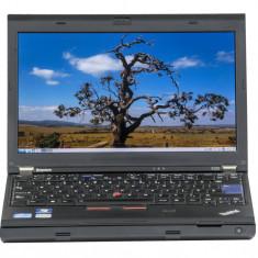 Lenovo ThinkPad X220 12.5 LED backlit Intel Core i5-2450M 2.50 GHz 4 GB DDR 3 SODIMM 320 GB HDD Fara unitate optica Webcam Windows 10 Pro