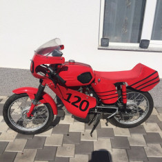 Vând motocicleta - Motociclete