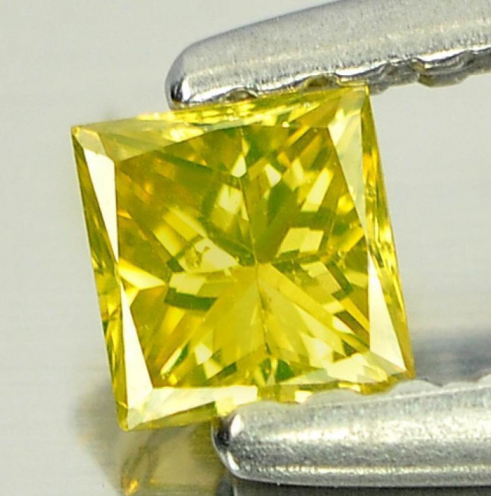 >> DIAMANT NATURAL GALBEN patrat  - 0,12ct. - 2,90 mm - SUPERB ! ! !