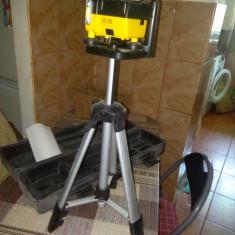 Vând nivela laser rotativa Topex