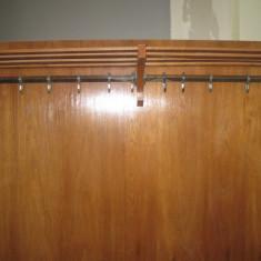 Cuier de perete, din lemn furniruit, cu etajera si dulapior pentru pantofi - Cuier hol