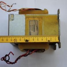 Transformator pentru amplificator audio 2 x 42 V provine din Onkyo TX-SV909pro