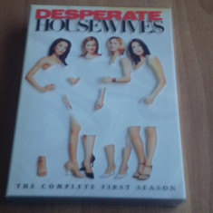 Desperate Housewives - The complete first season- 23 Ep - DVD [B, C] NTSC - Film serial, Drama, Engleza