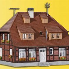 Casa Muhlenweg cu set iluminare H0 (1:87) KIBRI 38209 - Macheta Feroviara Kibri, Accesorii si decor