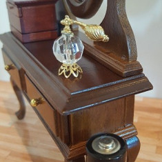 Sticla gen pulverizator parfum - miniatura papusi
