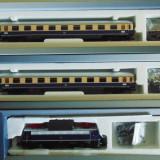 Set garnitura Ep.III cu Locomotiva tip E 10.3 + 2 vagoane, TT, Tillig