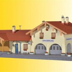 Gara Grasbrunn scara H0 (1/87) Kibri 39388 - Macheta Feroviara Kibri, Accesorii si decor