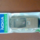 Vand carcasa completa si originala pt Nokia e51 gold