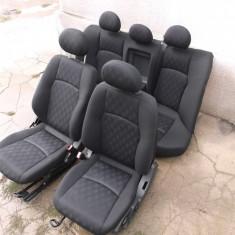 Interior ( scaune si bancheta ) Mercedes C Class W203 anii 2001 - 2006 - Scaune auto, Mercedes-benz, C-CLASS (W203) - [2000 - 2007]